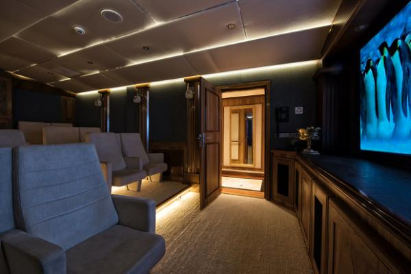 New Horizons Expedition Yachts Breaking The Mould