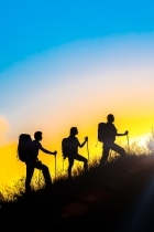 shutterstock Team building mountain walking140